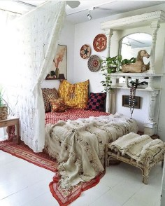 Elegant Bohemian Bedroom Decor Ideas 43