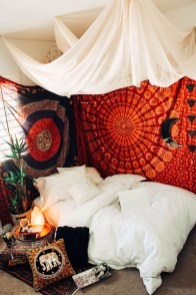 Elegant Bohemian Bedroom Decor Ideas 44