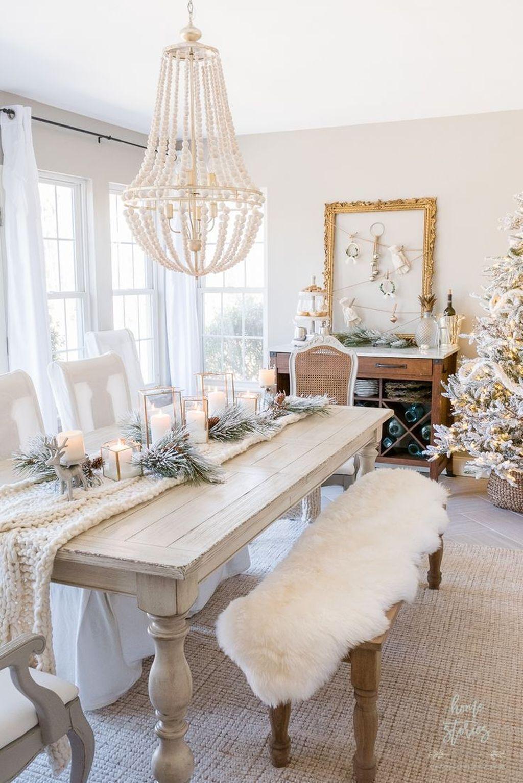 Gorgeous Christmas Apartment Decor Ideas 08