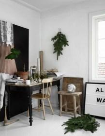 Gorgeous Christmas Apartment Decor Ideas 38