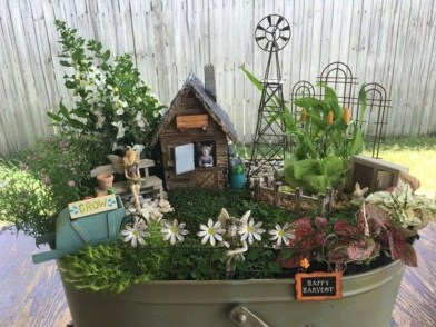 Pretty Diy Christmas Fairy Garden Ideas 20
