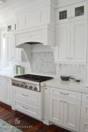 Pretty White Kitchen Backsplash Ideas 13