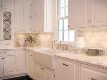 Pretty White Kitchen Backsplash Ideas 14