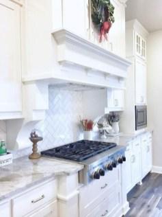 Pretty White Kitchen Backsplash Ideas 23