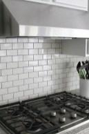 Pretty White Kitchen Backsplash Ideas 24