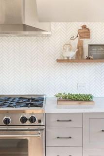 Pretty White Kitchen Backsplash Ideas 29