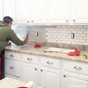 Pretty White Kitchen Backsplash Ideas 37