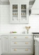 Pretty White Kitchen Backsplash Ideas 43