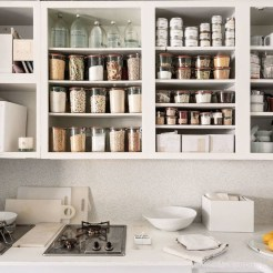 Simple Minimalist Pantry Organization Ideas 10