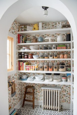 Simple Minimalist Pantry Organization Ideas 25