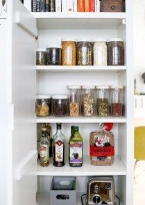Simple Minimalist Pantry Organization Ideas 28