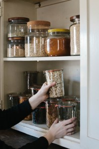 Simple Minimalist Pantry Organization Ideas 30