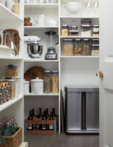 Simple Minimalist Pantry Organization Ideas 39