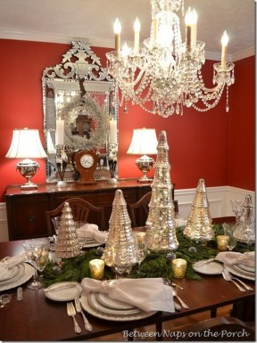 Stunning Christmas Dining Table Decoration Ideas 07