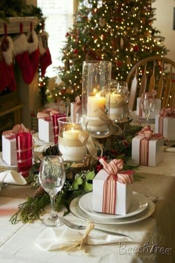 Stunning Christmas Dining Table Decoration Ideas 23