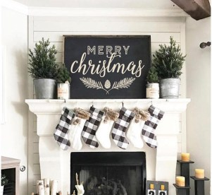 Unordinary Christmas Home Decor Ideas 14