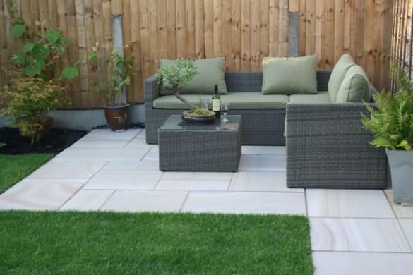 Attractive Small Patio Garden Design Ideas For Your Backyard 51
