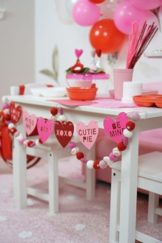 Creative House Decoration Ideas For Valentines Day 42