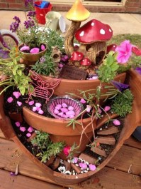 Magnificient Diy Fairy Garden Ideas With Plants 43