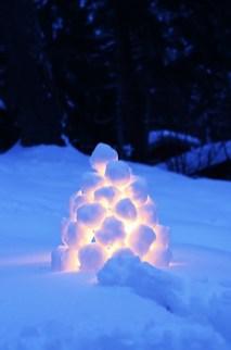 Outstanding Diy Outdoor Lanterns Ideas For Winter 48