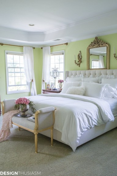 Pretty Chandelier Lamp Design Ideas For Your Bedroom 01