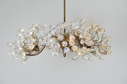 Pretty Chandelier Lamp Design Ideas For Your Bedroom 06