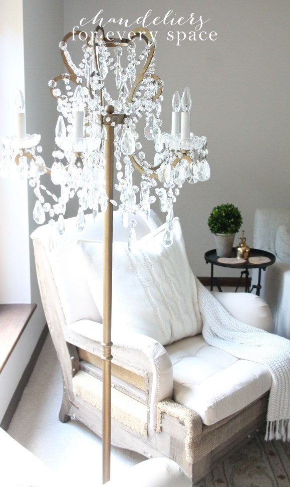 Pretty Chandelier Lamp Design Ideas For Your Bedroom 09