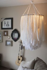 Pretty Chandelier Lamp Design Ideas For Your Bedroom 38