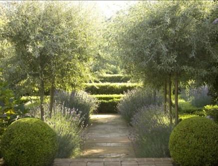 Smart Garden Design Ideas For Front Your House 51