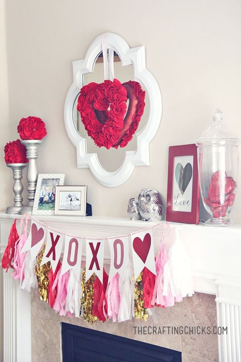 Stunning Red Home Decor Ideas For Valentines Day 31
