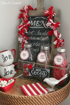 Stunning Valentine Gifts Crafts And Decorations Ideas 46