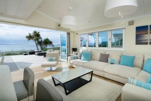 Stylish Coastal Themed Living Room Decor Ideas 02