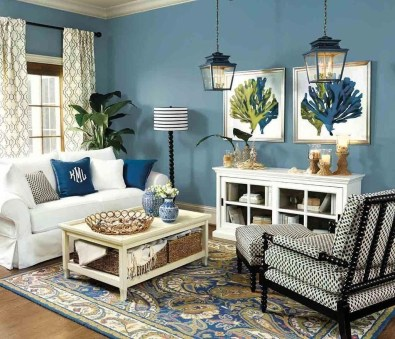 Stylish Coastal Themed Living Room Decor Ideas 07