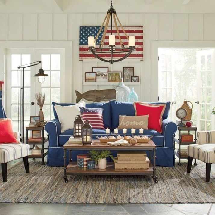 Stylish Coastal Themed Living Room Decor Ideas 21