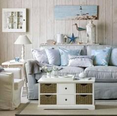 Stylish Coastal Themed Living Room Decor Ideas 23