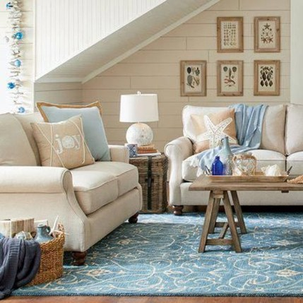 Stylish Coastal Themed Living Room Decor Ideas 36