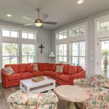 Stylish Coastal Themed Living Room Decor Ideas 39