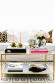 Affordable Apartment Living Room Design Ideas With Black And White Style 41