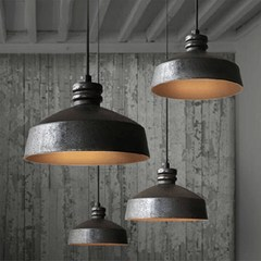 Charming Industrial Lighting Design Ideas For Home 31