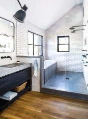Cheap Bathroom Remodel Design Ideas 24