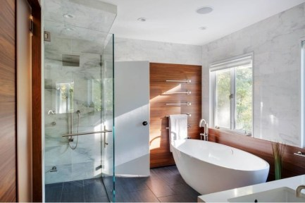 Comfy Traditional Bathroom Design Ideas With Japanese Style 28