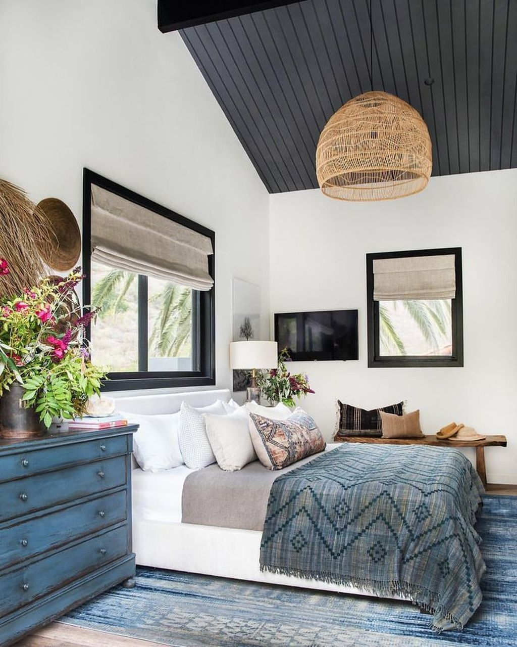 Fantastic Industrial Bedroom Design Ideas 47
