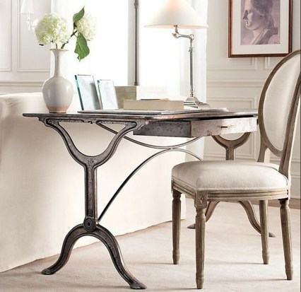 Gorgeous Industrial Table Design Ideas For Home Office 34