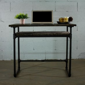 Gorgeous Industrial Table Design Ideas For Home Office 38