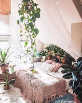 Lovely Boho Bedroom Decor Ideas 21