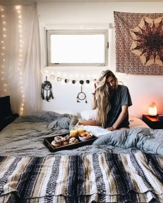 Lovely Boho Bedroom Decor Ideas 24