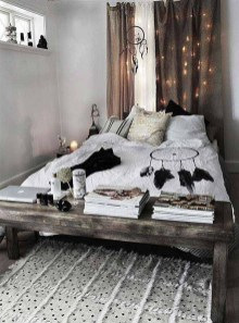 Lovely Boho Bedroom Decor Ideas 27