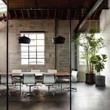 Magnificient Industrial Office Design Ideas 42