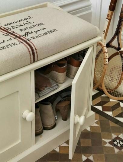 Minimalist Tiny Apartment Shoe Storage Design Ideas 12