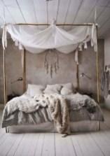 Relaxing Small Loft Bedroom Designs 24